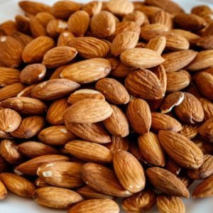 eat nuts to stay young and healthy